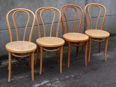 chaises de bistrot fischel numérotées