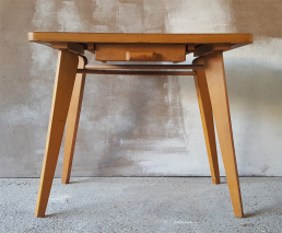 Table basse vintage bois massif années 50