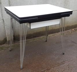 Table formica pieds eiffel vintage années 60, SIF