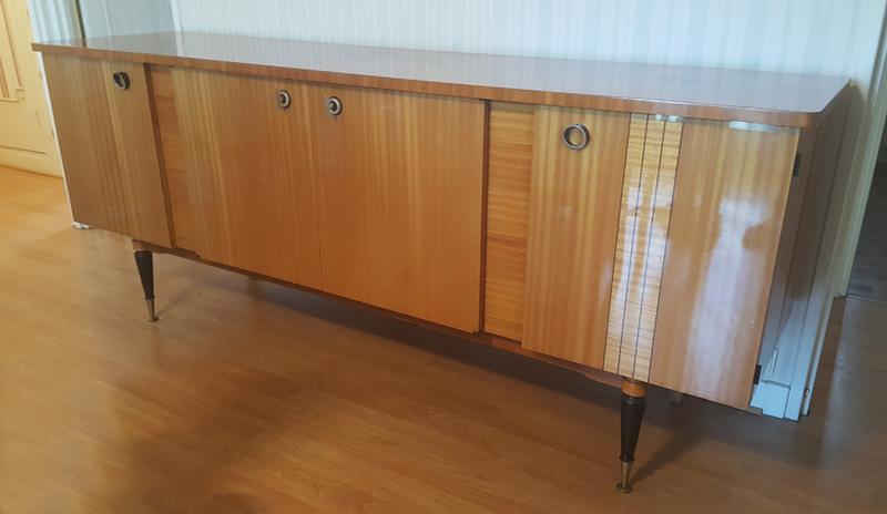 Broc co enfilades bars buffets bas buffets salle for Laquer un meuble en bois