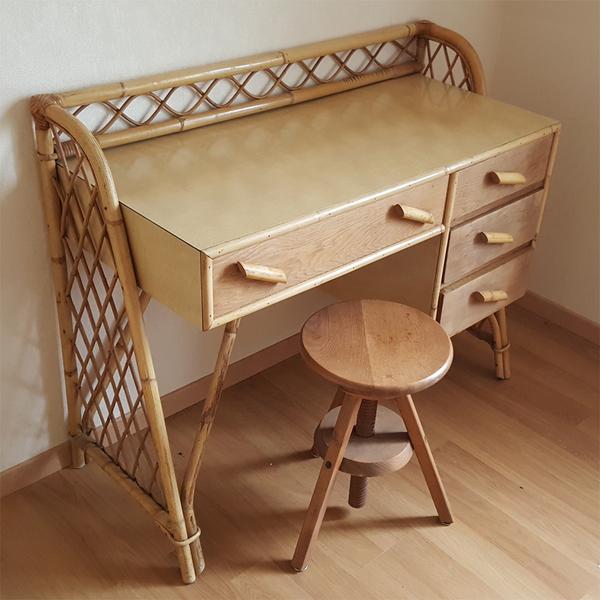 broc co meubles vintage des ann es 1950 1960 et 1970 bureaux formica et m tal. Black Bedroom Furniture Sets. Home Design Ideas