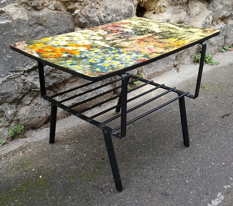 broc co tables basse formica tripode table basse vintage ann es 50 60. Black Bedroom Furniture Sets. Home Design Ideas