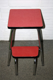 tabouret marche pieds formica rouge