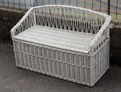 fauteuil coffre enfant rotin blanc vintage