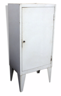 Armoire de pharmacien en métal, meuble industriel