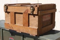 caisse bois industrielle, meuble de métier, vintage