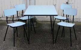 table formica eiffel bleue + chaises plastilux années 50