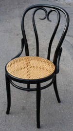 Chaise de bistrot style Thonet