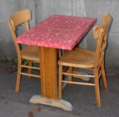 Table et chaises de bistrot vintage, années 40 / 50