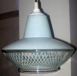 Suspension verre striée, années 50.
