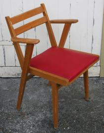 fauteuil skaï rouge, années 50