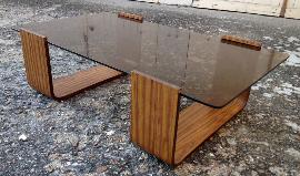 Table basse Roche Bobois, années 60, bois et verre
