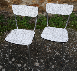 chaises formica blanches, vintage