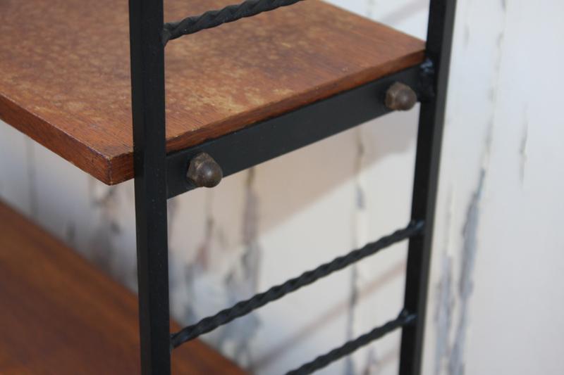 broc co tag res bois m tal tomado string vintage. Black Bedroom Furniture Sets. Home Design Ideas