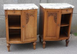 Tables de chevet, bois massif, années 40