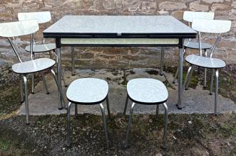 Table formica et 4 chaises, formica vert, années 50