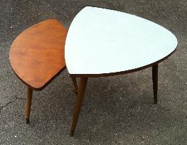 Tables basses gigognes années 50 tripode