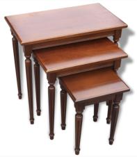 Table basse gigogne, bois massif, années 70