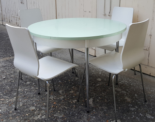Table formica ronde verte, années 60