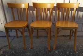 chaises de bistrot signées Baumann,
