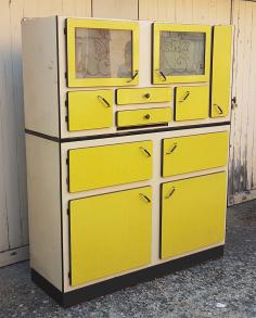 De Haute Qualite Buffet Mado, Formica Jaune, Vintage, Années 50.