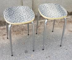 Tabourets formica vynil panthère vintage années 60