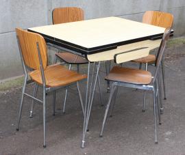 table eiffel et 4 chaises formica