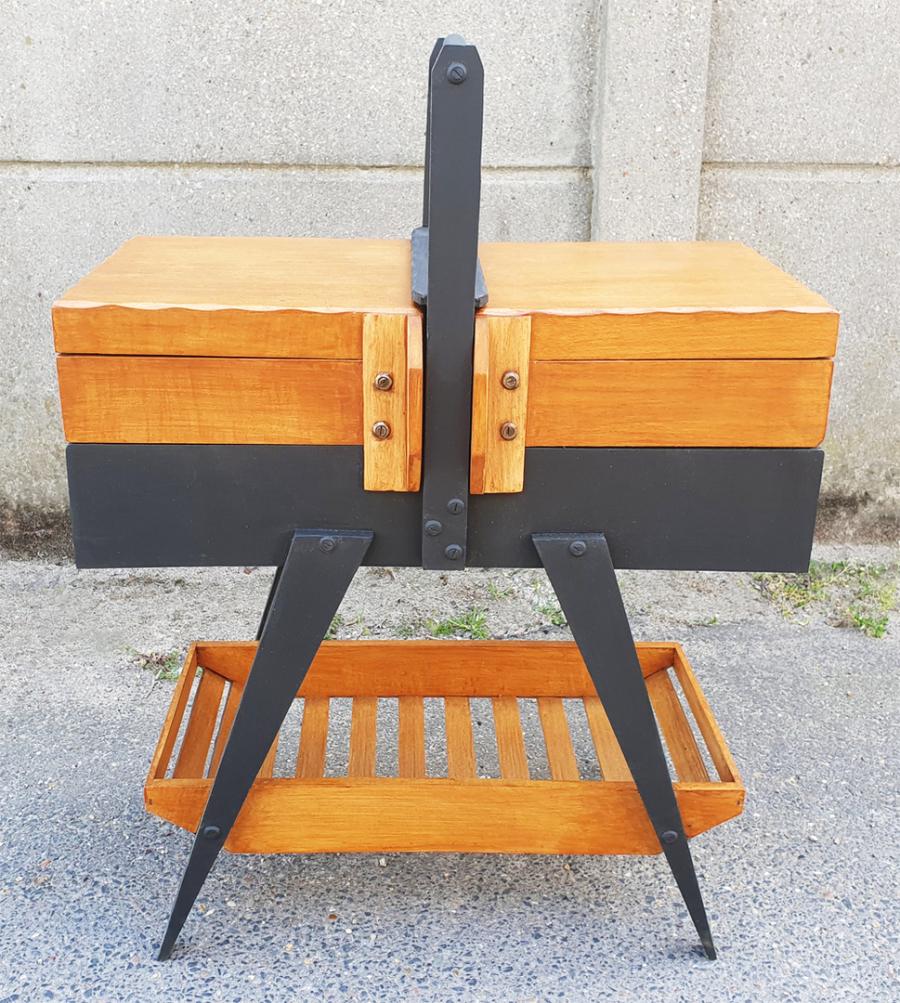 broc co travailleuse vintage meuble couture des ann es 1950 1960 et 1970 travailleuses. Black Bedroom Furniture Sets. Home Design Ideas