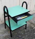 table de chevet Tubauto, Formica et métal, vintage années 50