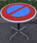 Table vintage panneau signalisation