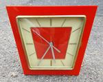 pendule à poser, vintage, rouge, années 60