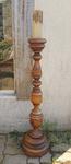 Grand chandelier sur pied en bois tourné vintage début XXème s.