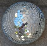 Boule à facettes miroir vintage années 80, soirées disco